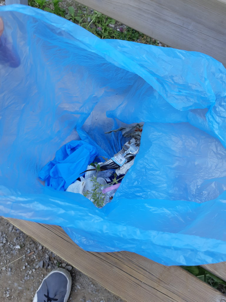 Sacco con i rifiuti