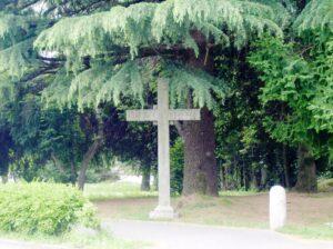 Croce cimitero di Capiago