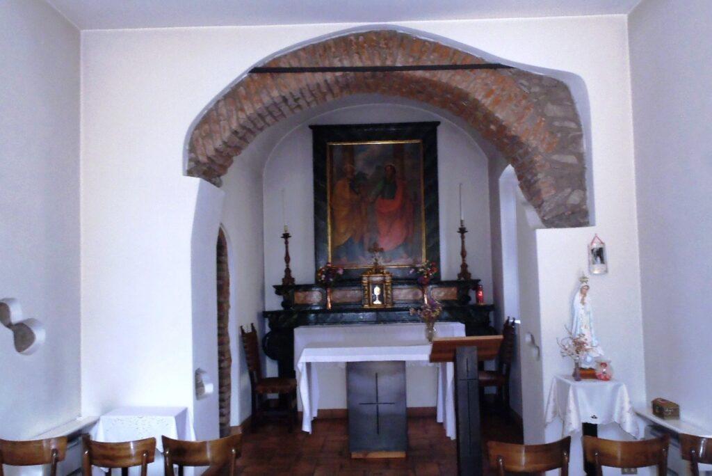 Interno Chiesa San Pietro Intimiano